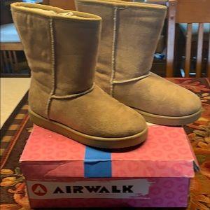Airwalk Boots Sz 7 New